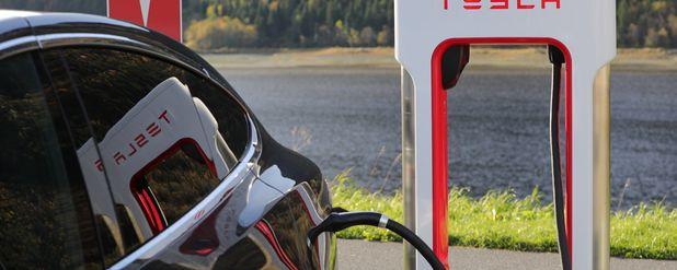 Elektrikle Çalışan Arabalar Çevre Kirliliğine Daha Çok Neden Oluyor mu?