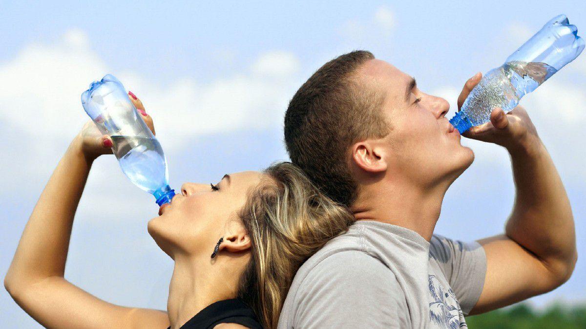 Günde En Az 8 Bardak veya 2 Litre Su İçmemiz Gerekir Mi? - Evrim Ağacı