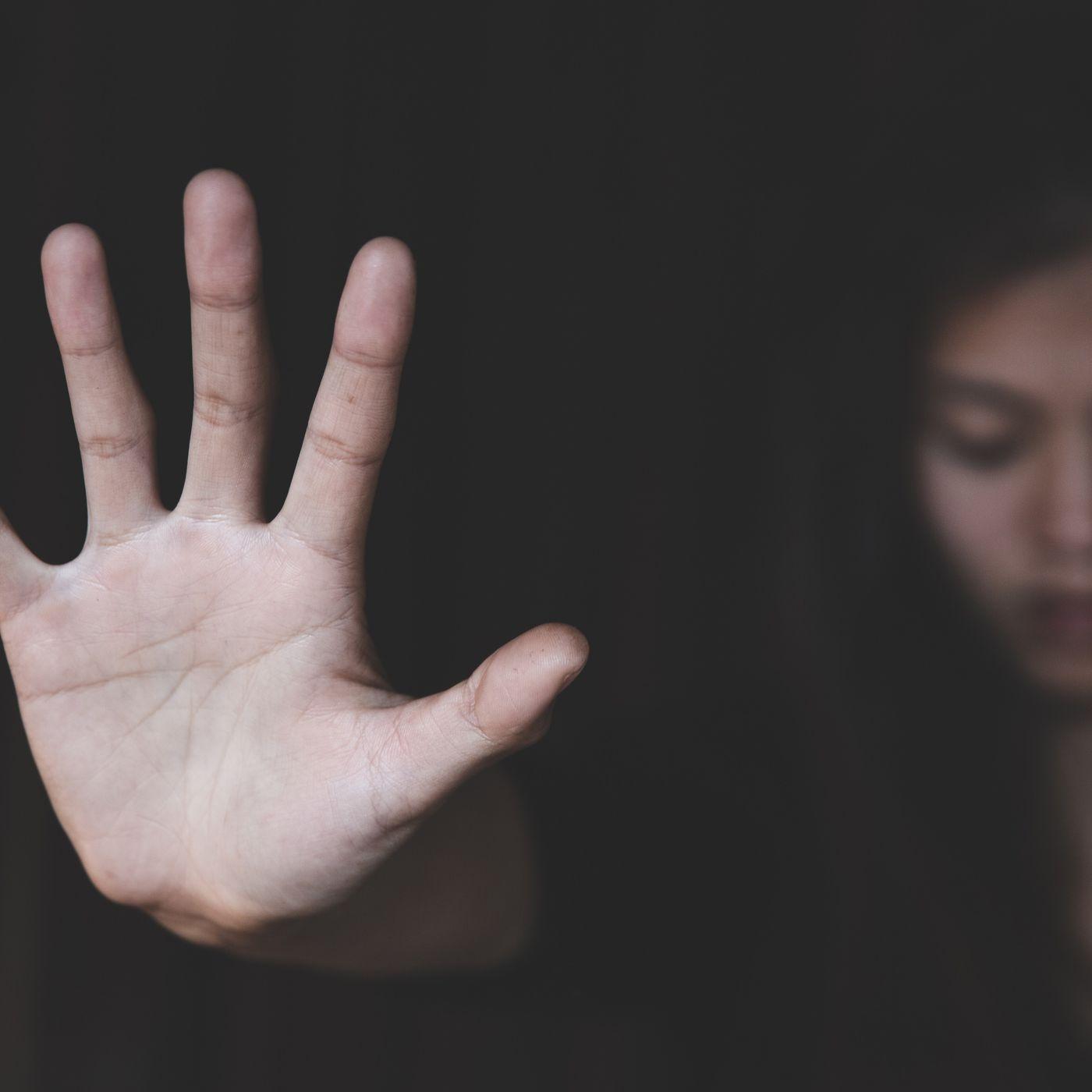 Tecavüz Mitleri: Halk Arasında Yaygın Olarak İnanılan Bu Mitlere Kanmayın!