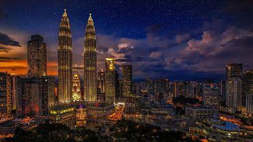 Camdan Kuleler: Gökdelenler, Modern Şehirlerin Geleceği mi?
