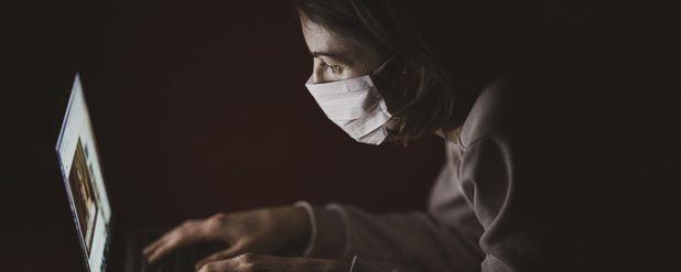 COVID-19 Salgınına Karşı Psikolojik ve Nörolojik Bağışıklığı Kullanmak da Önemli!